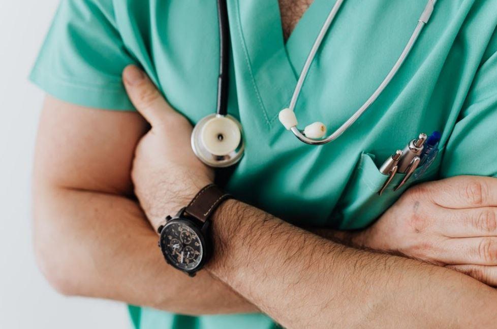 confeccionar uniformes clinicos